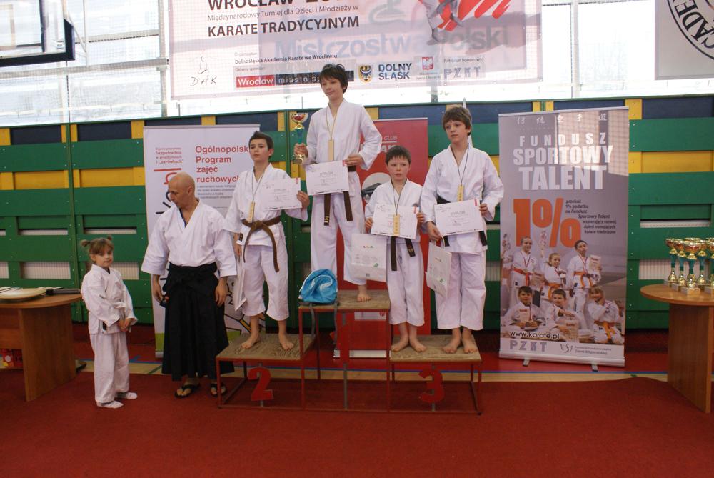 e08e008b3 https://karate.info.pl/2017/11/07/rodzinne-obchody-swieta ...